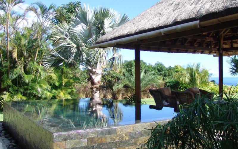 Jardin d'esprit Mauricien : Vue Bassin et Kiosque